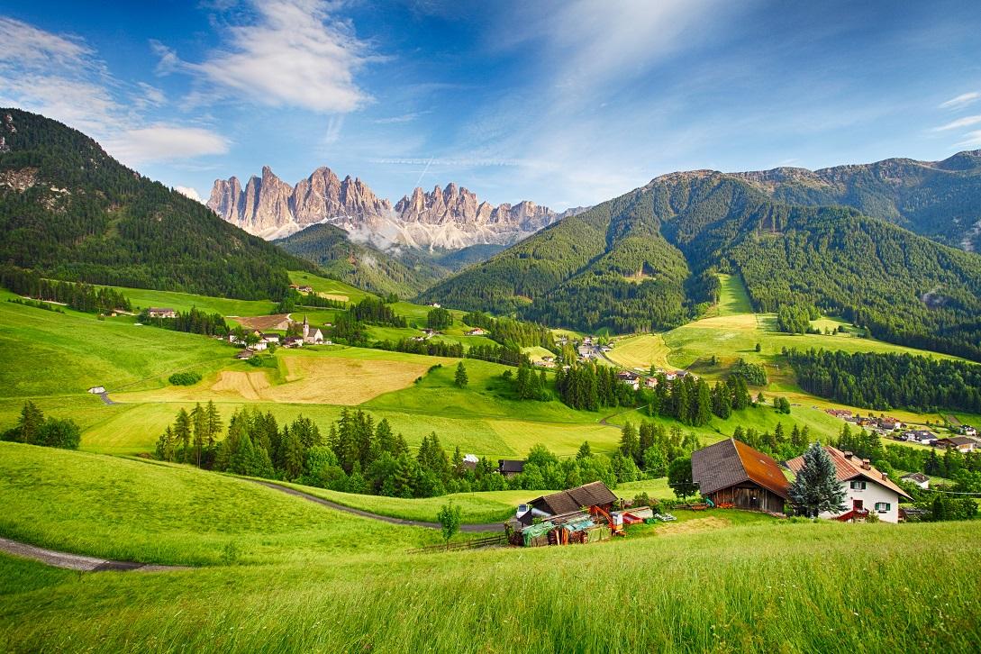 fotografía landscape. Paisaje de campo y montañas